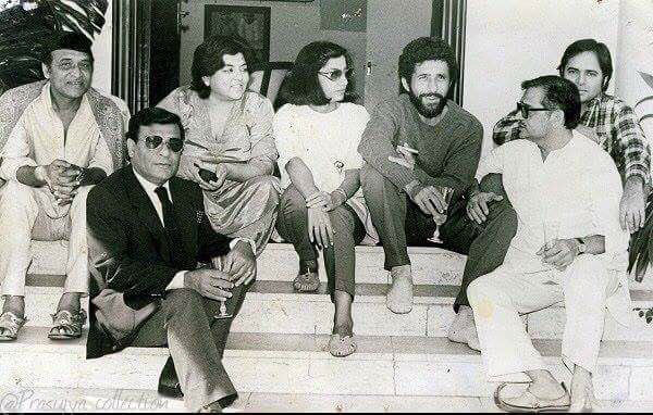 India Tv - Shabana Azmi with her co-stars during the shooting of Ek Pal