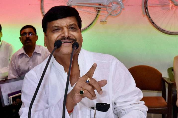 BJP invited me to join, claims Mulayam's brother Shivpal Yadav