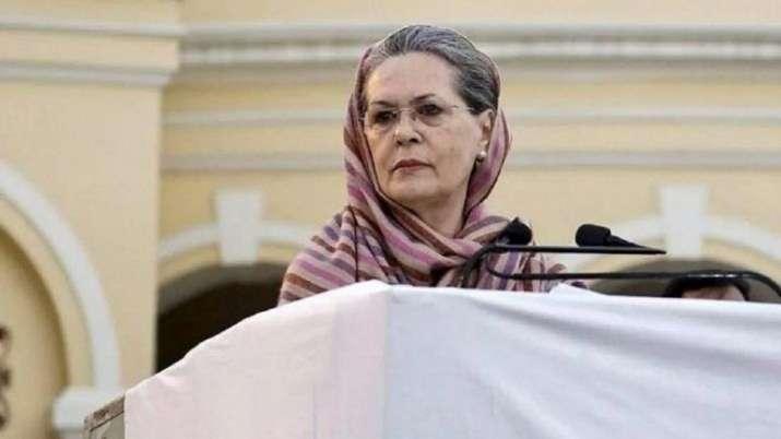 Delhi Congress leaders meet Sonia over new state unit