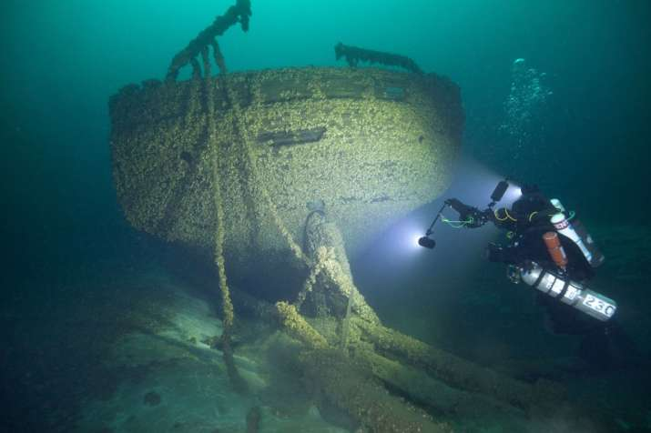 History buff finds ships that sank 140 years ago in Lake
