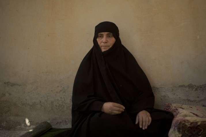 Syrian family returns home to a hostile city
