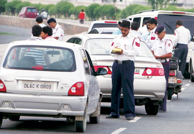Traffic Rules: ALERT! Don't violate motor rules or pay 10