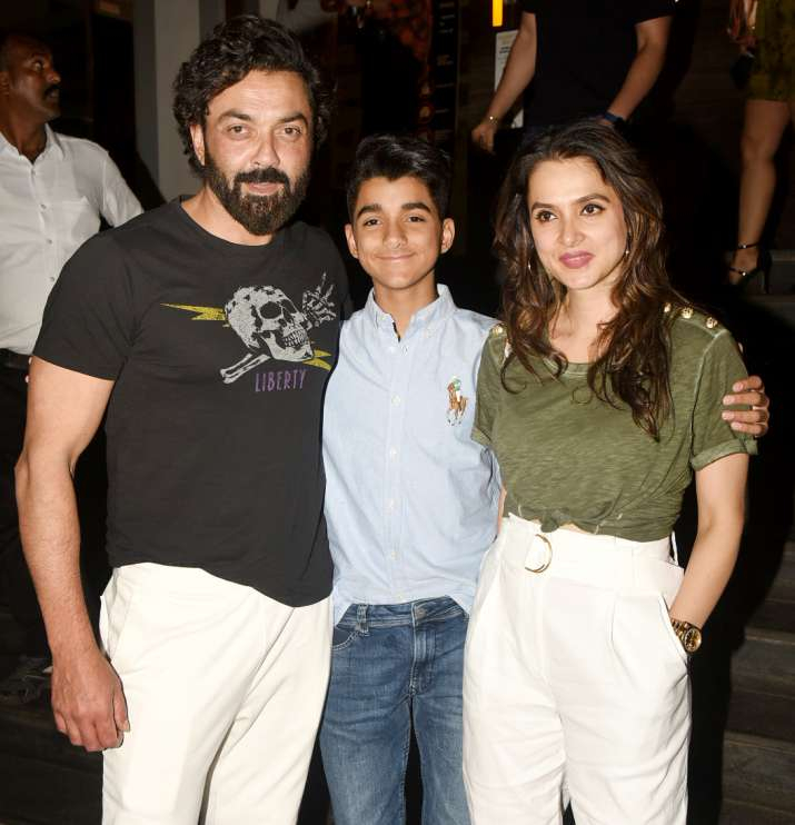 India Tv - Bobby Deol with his family