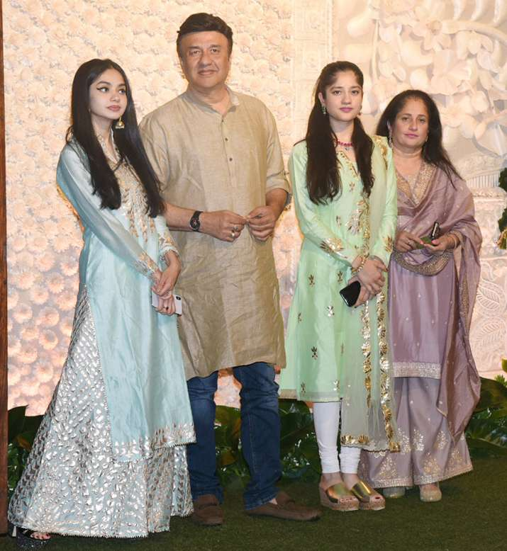 India Tv - Anu Malik arrived with his family for the celebrations