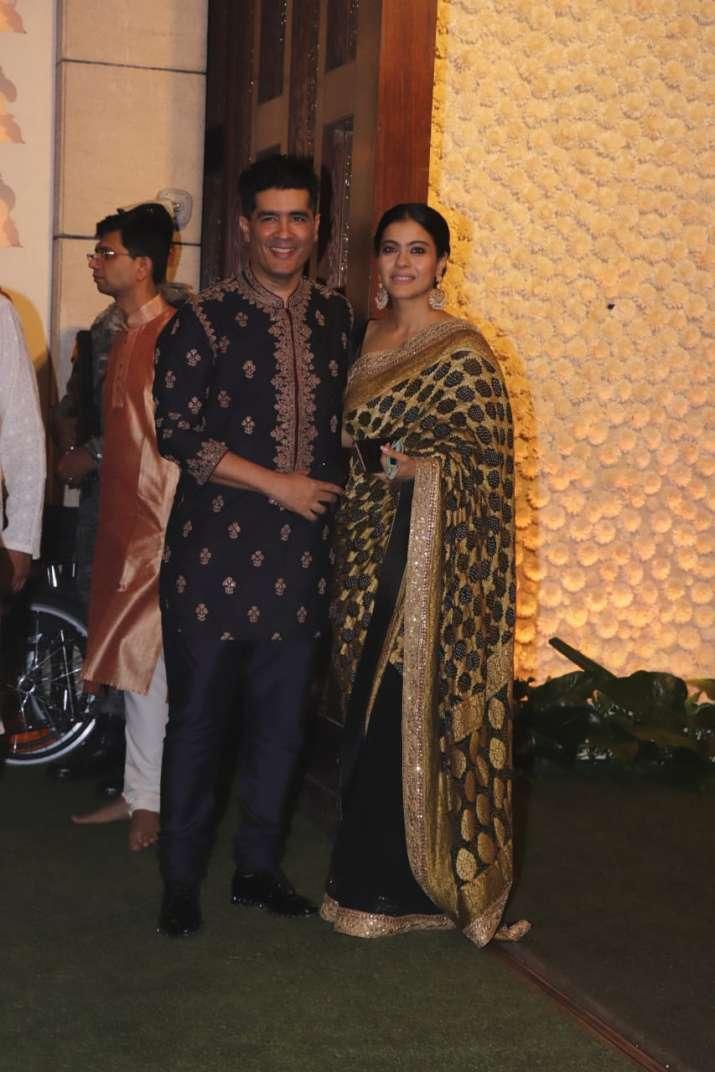 India Tv - Kajol appeared with friend and fashion designer Manish Malhotra
