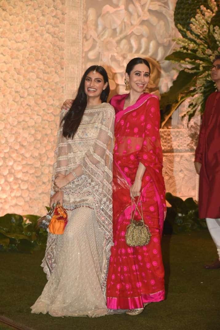 India Tv - Athiya Shetty posed with Karisma Kapoor at the Ambani House