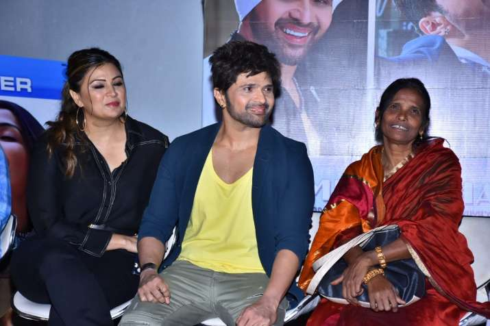India Tv - Pictures from Teri Meri Kahaani song launch event attended by Himesh Reshammiya and Ranu Mondal.