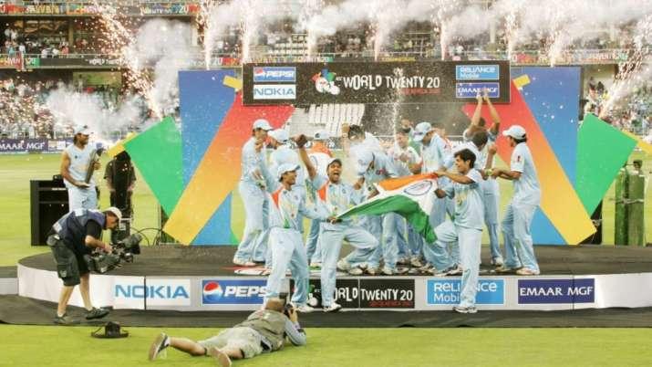 India Tv - Team India celebrating the victory.