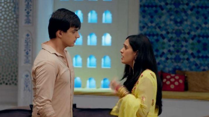 Yeh Rishta Kya Kehlata Hai: Vedika creates drama to throw Naira out of the house