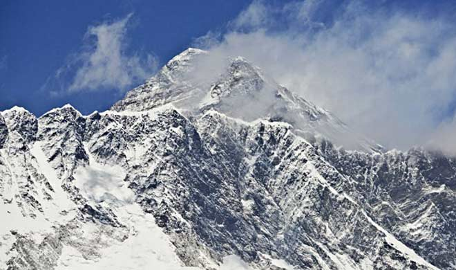 Nepal, China agree to re-measure height of Mt. Everest