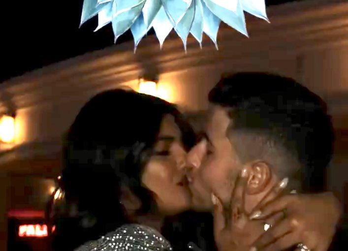 India Tv - Priyanka Chopra, Nick Jonas chill together post concert