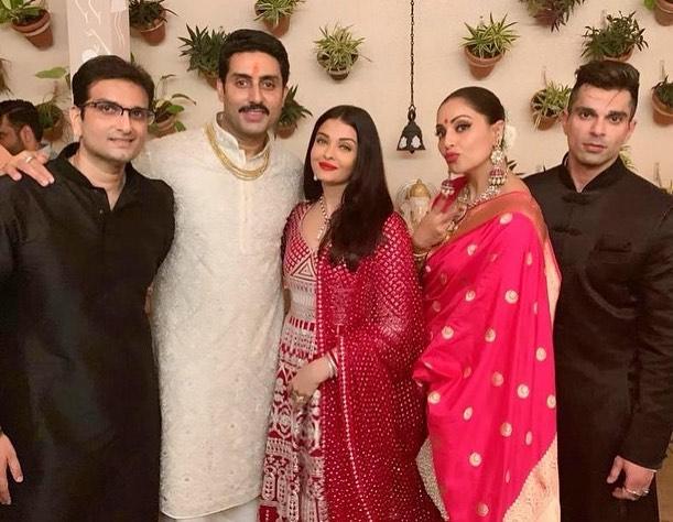 India Tv - Aishwarya Rai, Abhishek Bachchan host Diwali bash