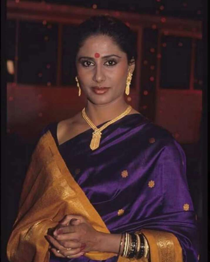 India Tv - Smita Patil is an epitome of grace in a beautiful silk saree.