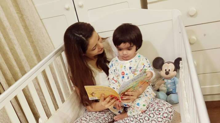 Komolika aka Aamna Sharif's most adorable photos with son