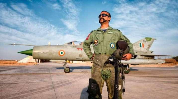 Balakot hero Abhinandan Varthaman flies MiG-21 in Hindon