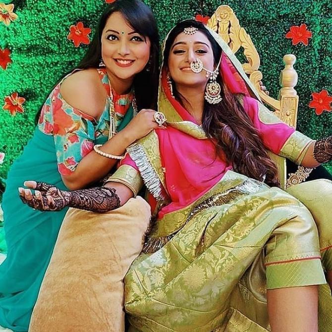 India Tv - Mohena's mehendi look