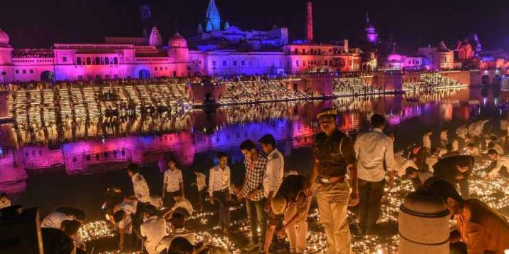Last year on Diwali, 3,01,152 diyas were illuminated, which entered the Guinness World Records