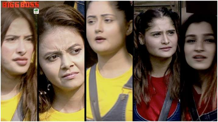 Bigg Boss 13 Day 16 Review Girls Fight To Get The Ticket To