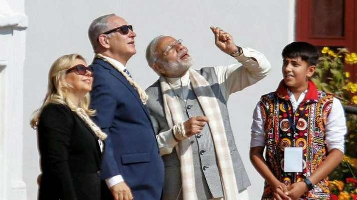 India Tv - Israeli Premier Benjamin Netanyahu with his wife visited Ahmedabad