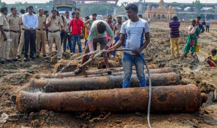 4 old cannons found in Nagpur