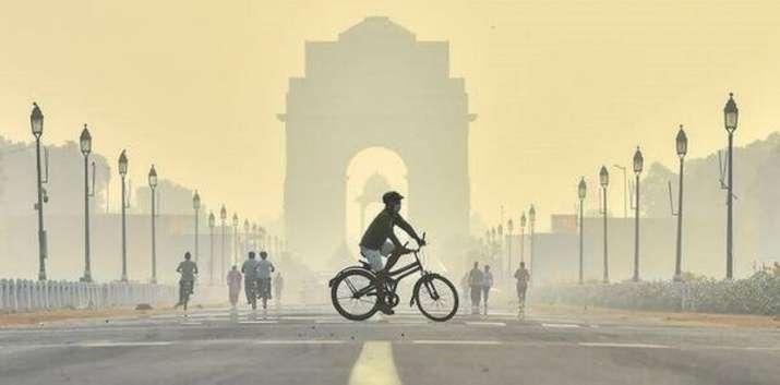 Delhi air turns 'hazardous'