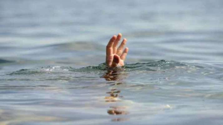 Bodies of six drowned in Telangana canal pulled out