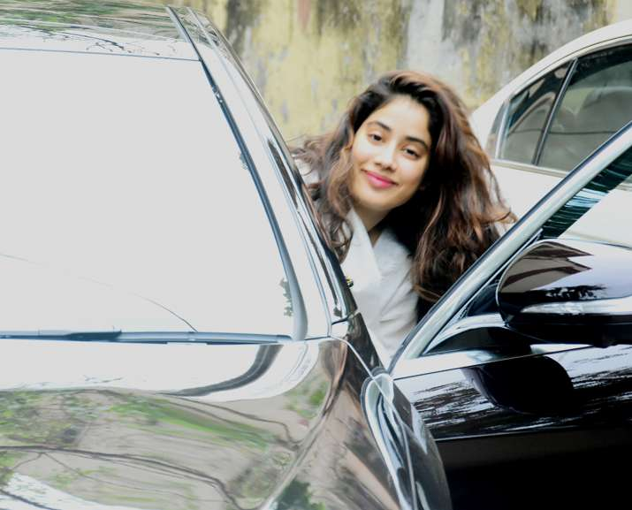 India Tv - Janhvi Kapoor spotted with her new Mercedes