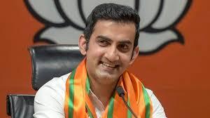 'Babuji dheere chalna...': Gautam Gambhir dig at Kejriwal on potholes