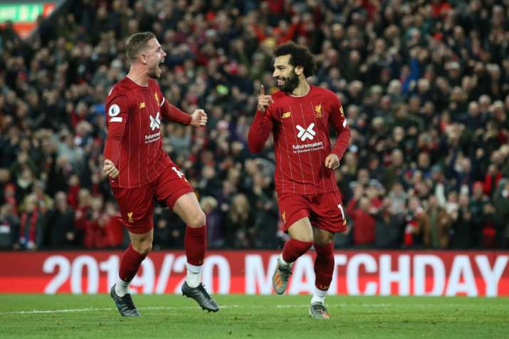 Premier League: Mohamed Salah strikes penalty as Liverpool recover to beat Tottenham 2-1