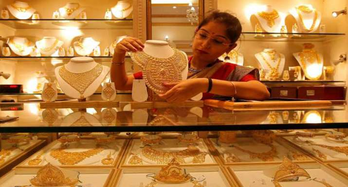 Planning to buy gold this Dhanteras? Here are best bank