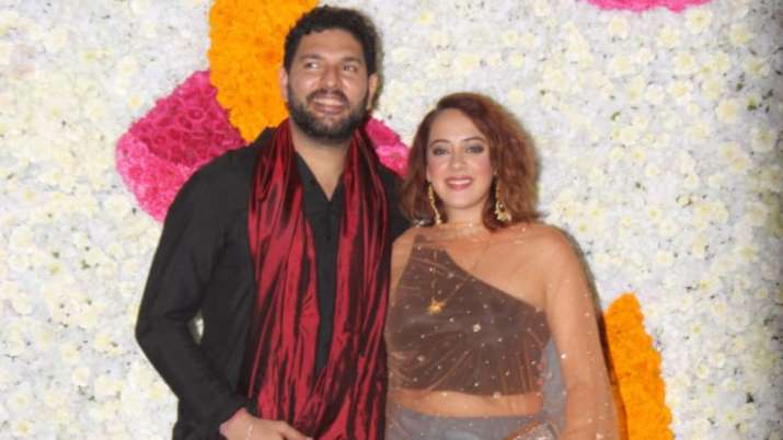 Hazel Keech rocks Ambani Diwali Party wearing Ira Khan's borrowed top