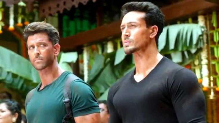 Hrithik Roshan, Tiger Shroff request fans to not post spoilers about their film War