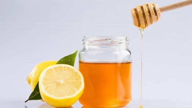 India Tv - Honey and lemon mask