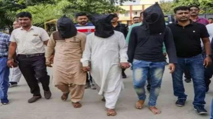 Kamlesh Tiwari's murder, has confessed that the accused