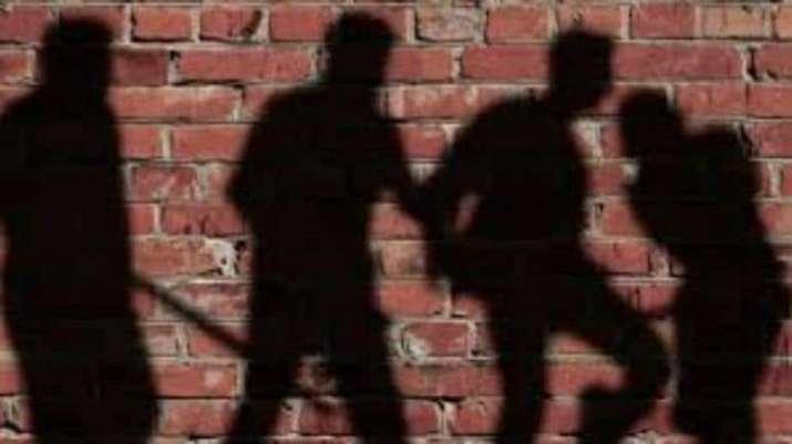 UP: Dalit man beaten up in Banda village for using common handpump