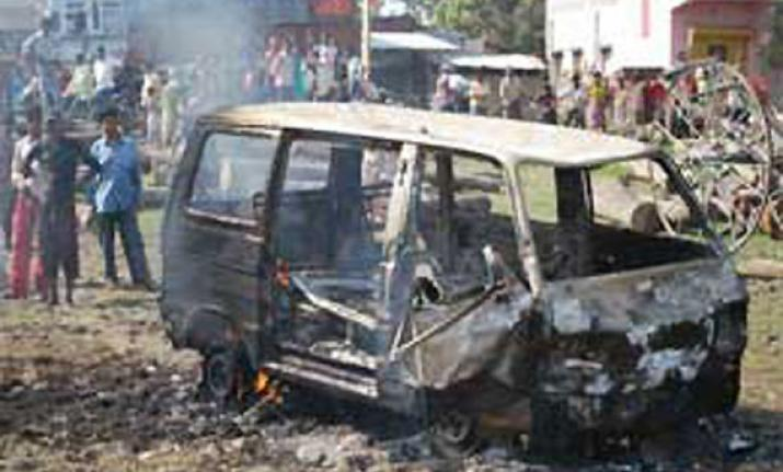 10 school kids narrowly escape tragedy as running vehicle