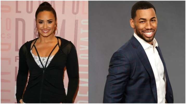 Singer Demi Lovato Mike Johnson Call it quits, The fling reportedly began sometime in July when Demi
