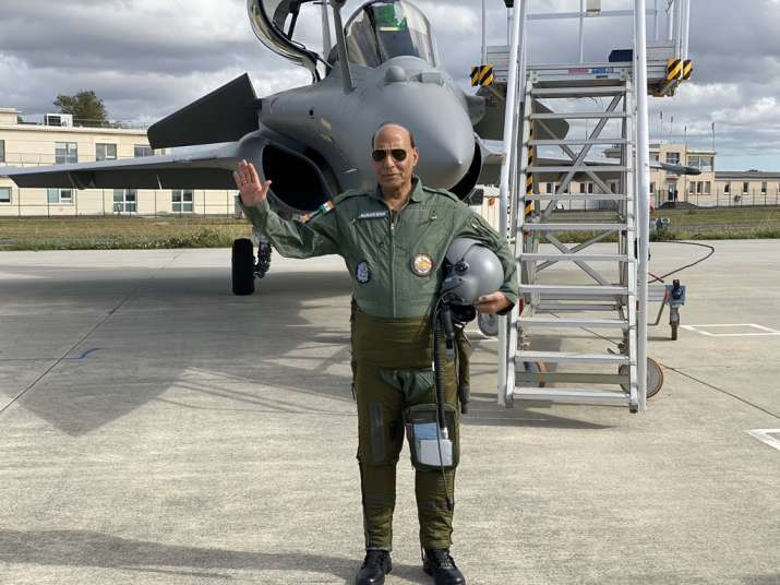 Rajnath Singh calls on French defence industry to make