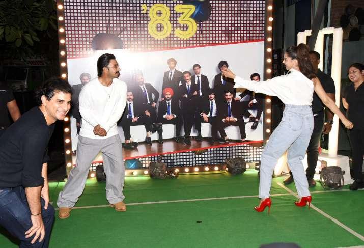 India Tv - Ranveer Singh and Deepika Padukone
