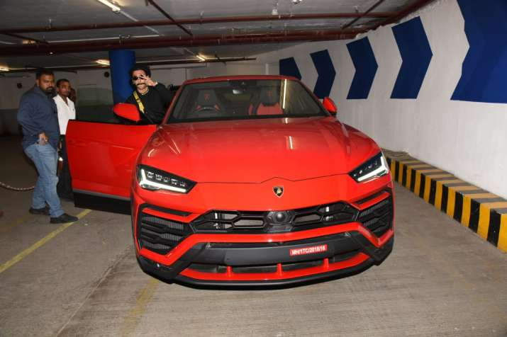 India Tv - Ranveer Singh takes his new Lamborghini for a spin