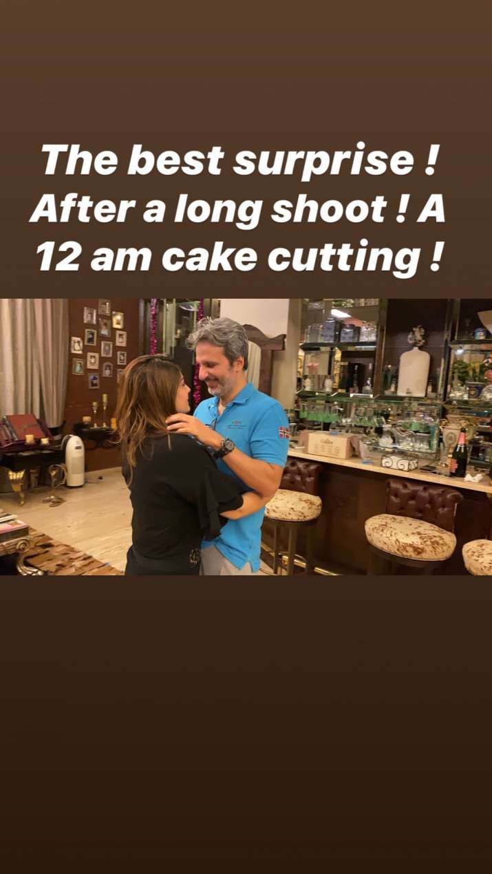 India Tv - Raveena Tandon's husband surprises her with 12 am cake, See photos