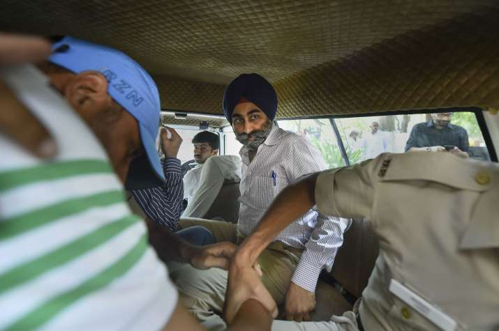 India Tv - Explained: The case against ex Ranbaxy promoters Malvinder and Shivendra Singh