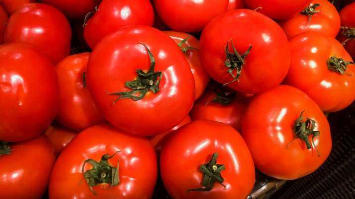 A tomato a day can keep virility problems at bay