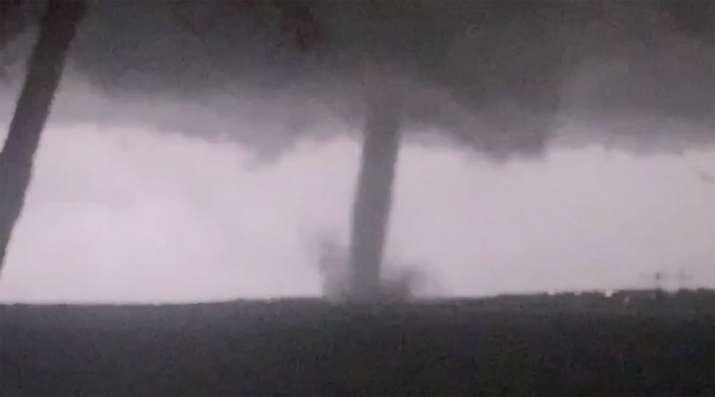 Severe storms sweep through Dallas