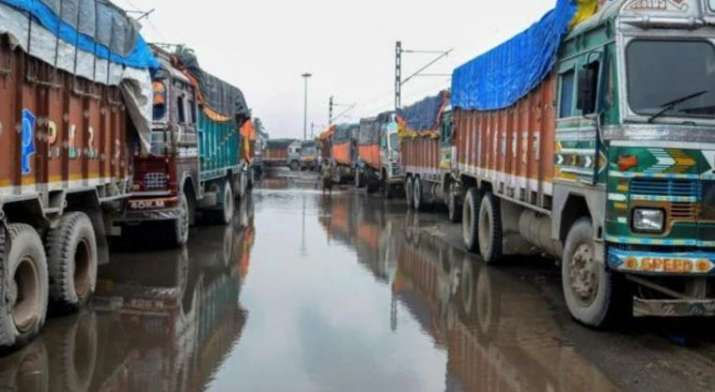 Non-local truck drivers given protection in Kashmir (Representational image)