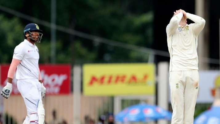 India Tv - Virat Kohli in splits after Umesh Yadav hits 5 sixes against Linde in Ranchi