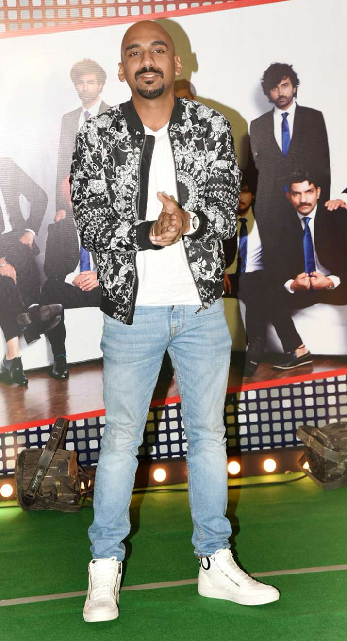 India Tv - Stars at the wrap up bash of '83
