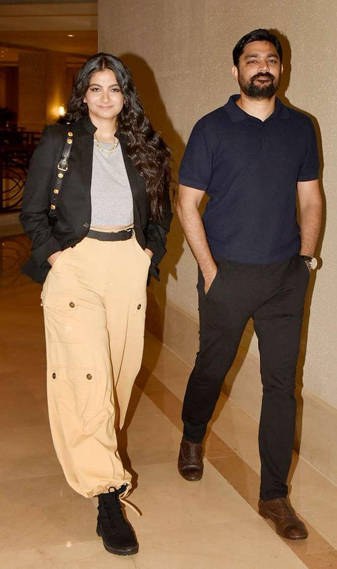 India Tv - Rhea Kapoor, Karan Boolani