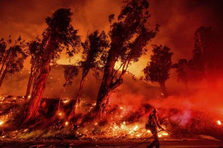 3 killed as more than 70 bushfires rage in Australia.