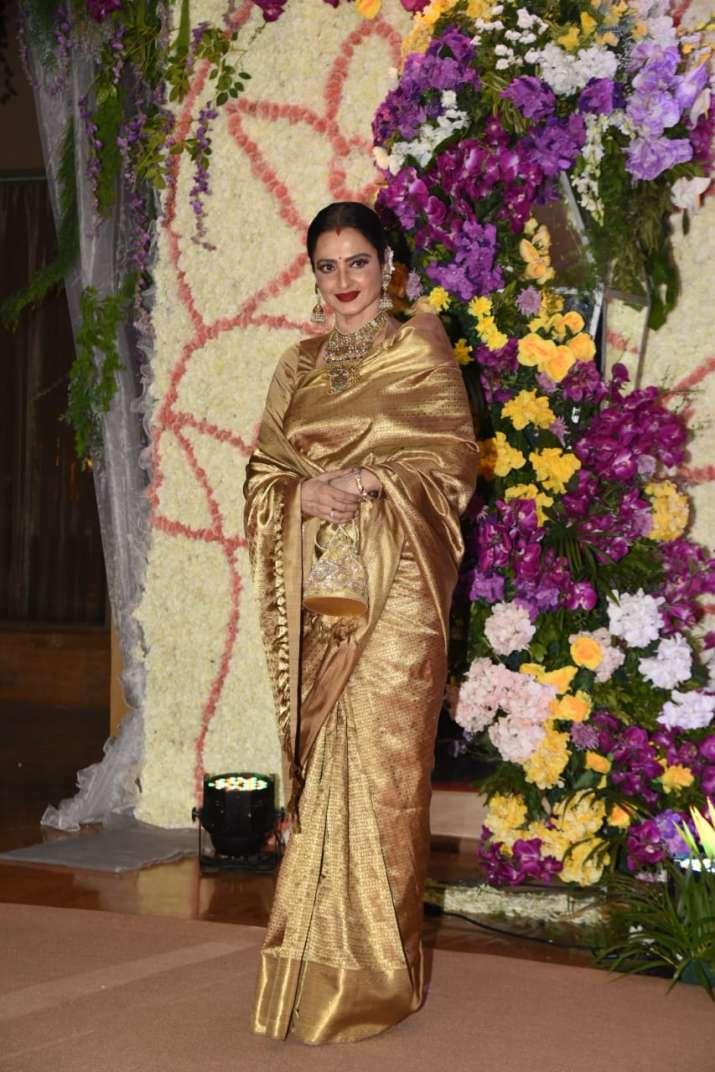 India Tv - Rekha, Sooraj Barjatya son wedding reception
